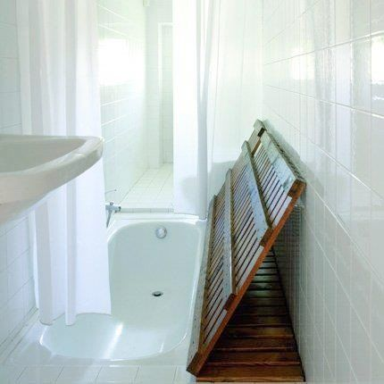To Eliminate The Tub Dominance Small Bathroom Designs With Shower Offer Just Perfect Way Best Design Will Appear As