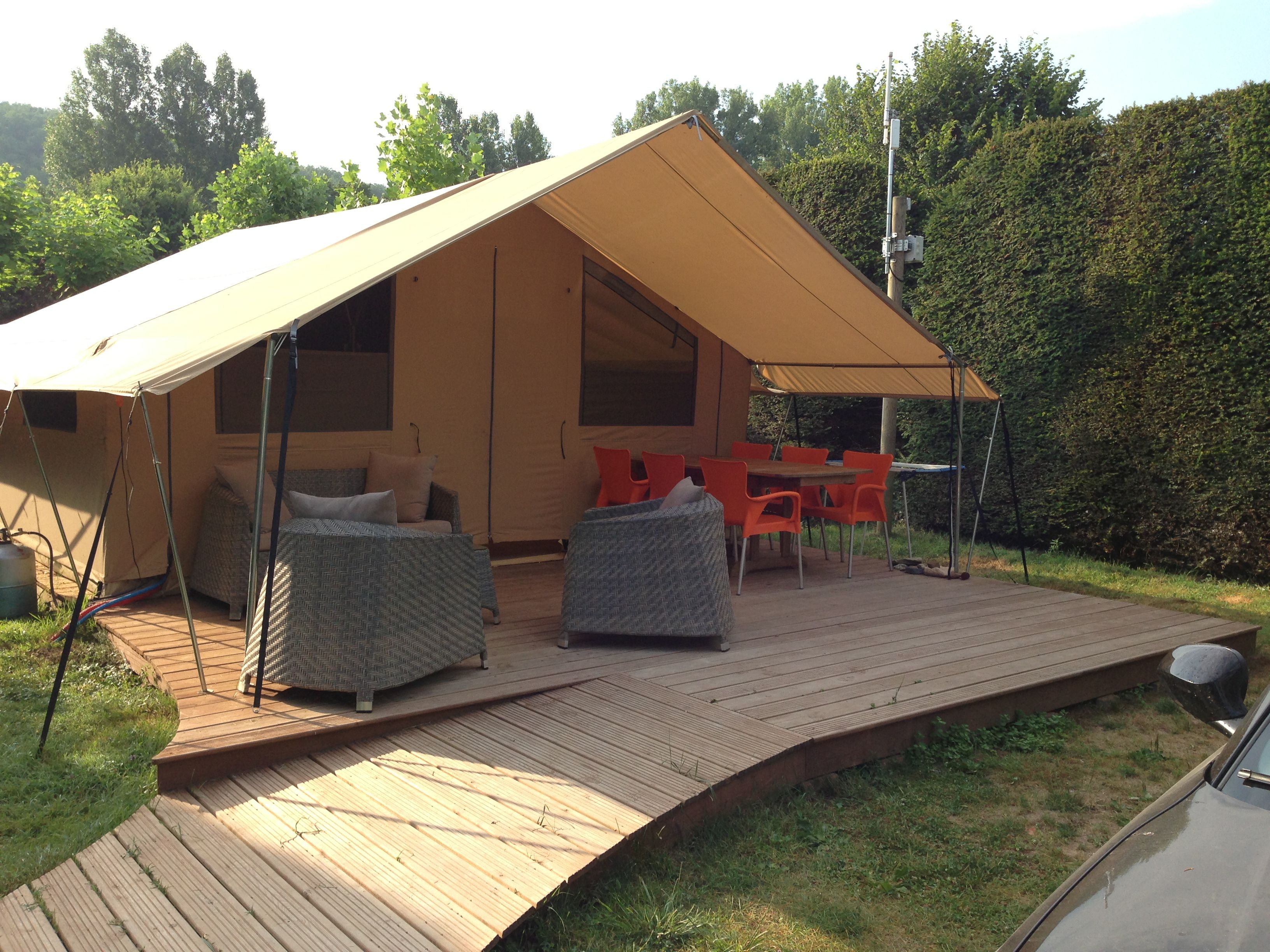 Perfect Canadien Tents Fully Equiped At Camping Le Paradis Dordogne Perigord