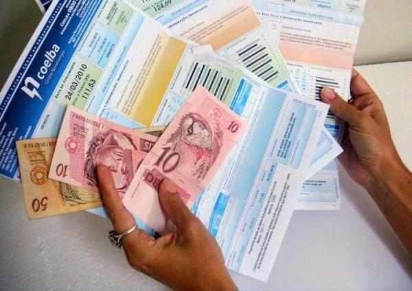 Folha Política: Consumidor vai pagar mais caro por energia elétrica a partir de janeiro, para cobrir déficit.