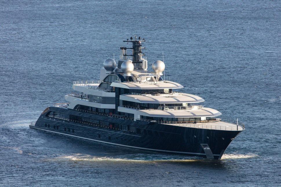 Lurssen Crescent Lurssen Yachts Super Yachts Yacht