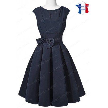 7a7e4eb6f8257 Robe de cérémonie classique courte genoux bleu marine ras de cou ...