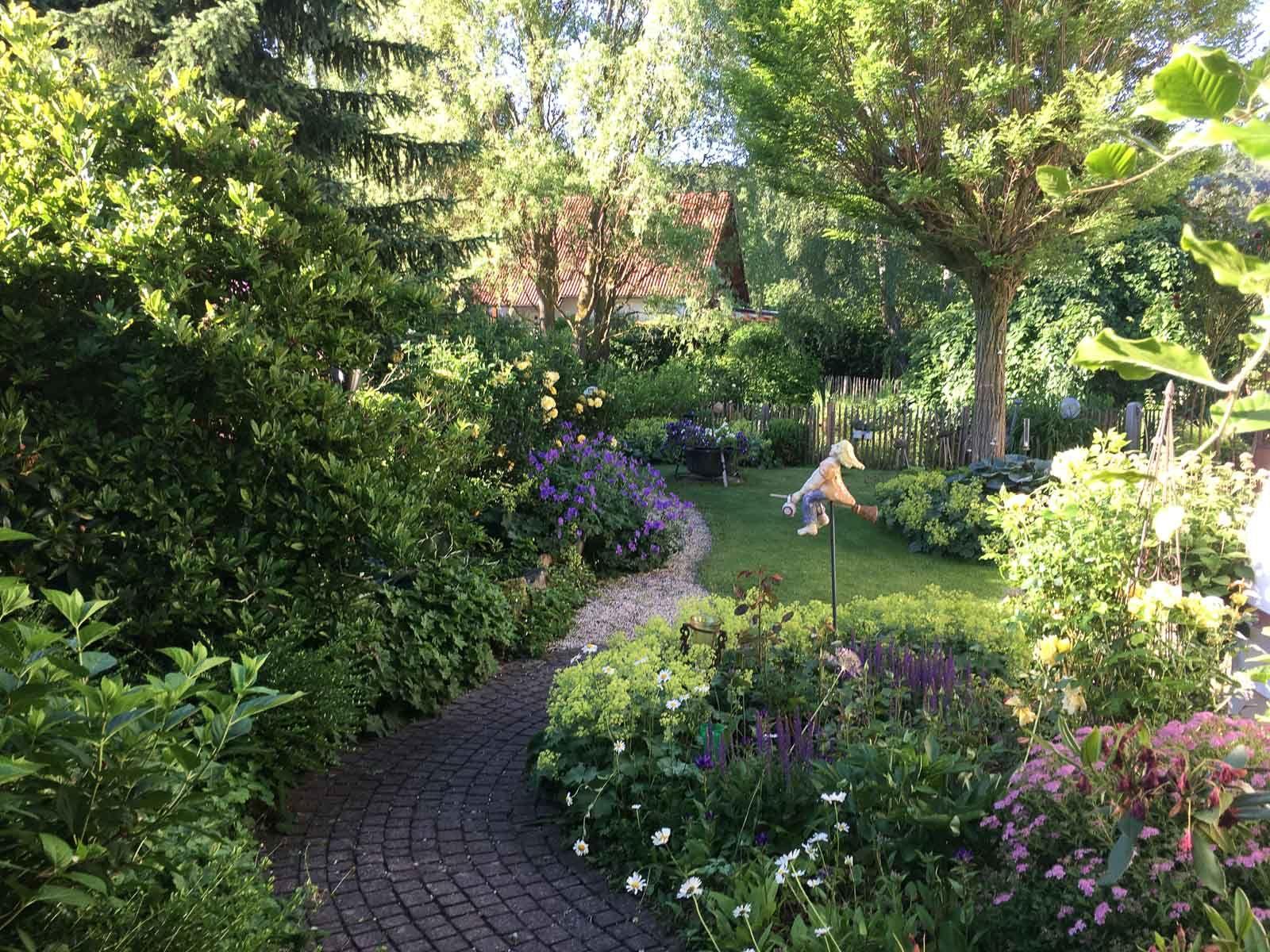 Traumgarten Ein Hessisches Kleinod Yard Garden Shade Garden
