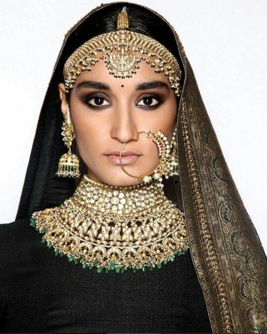 Modern Indian Wedding Jewellery: Sabyasachi Kishandas &co