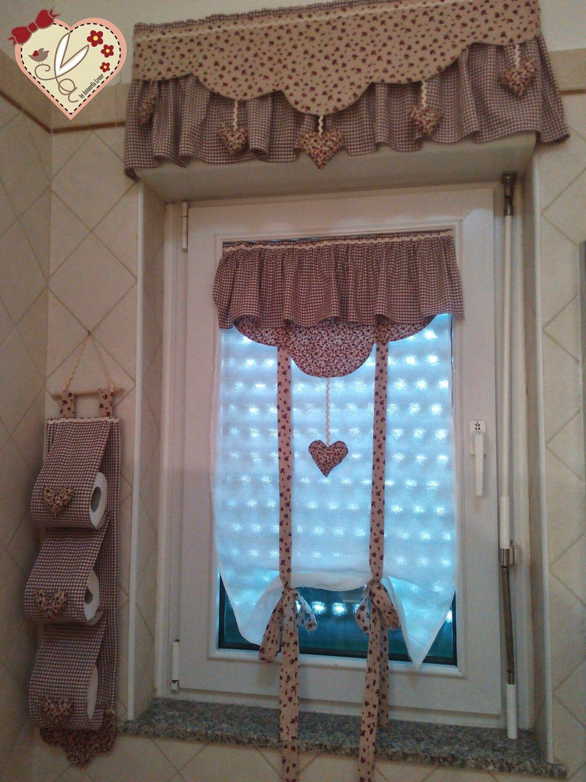 Le creazioni di antonella tende per bagno con dietro vetro mantovana portarotoli e tendina - Copridivano shabby ikea ...
