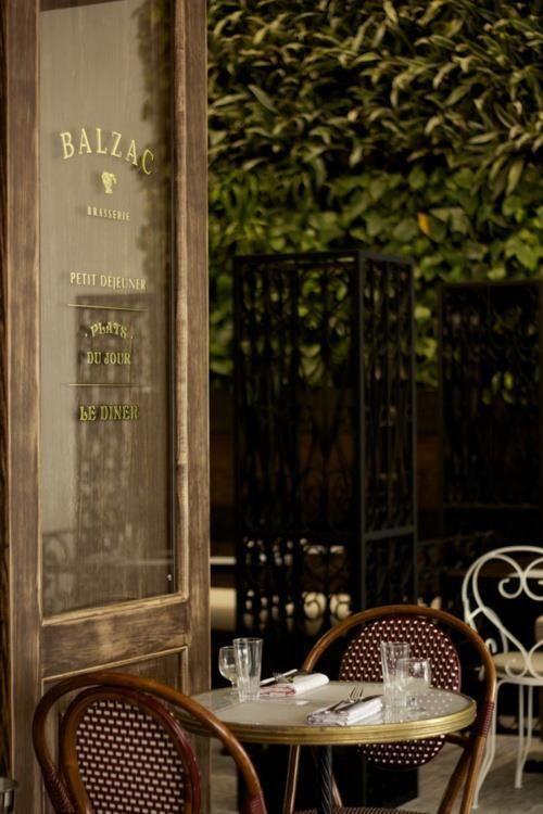 Balzac cafe