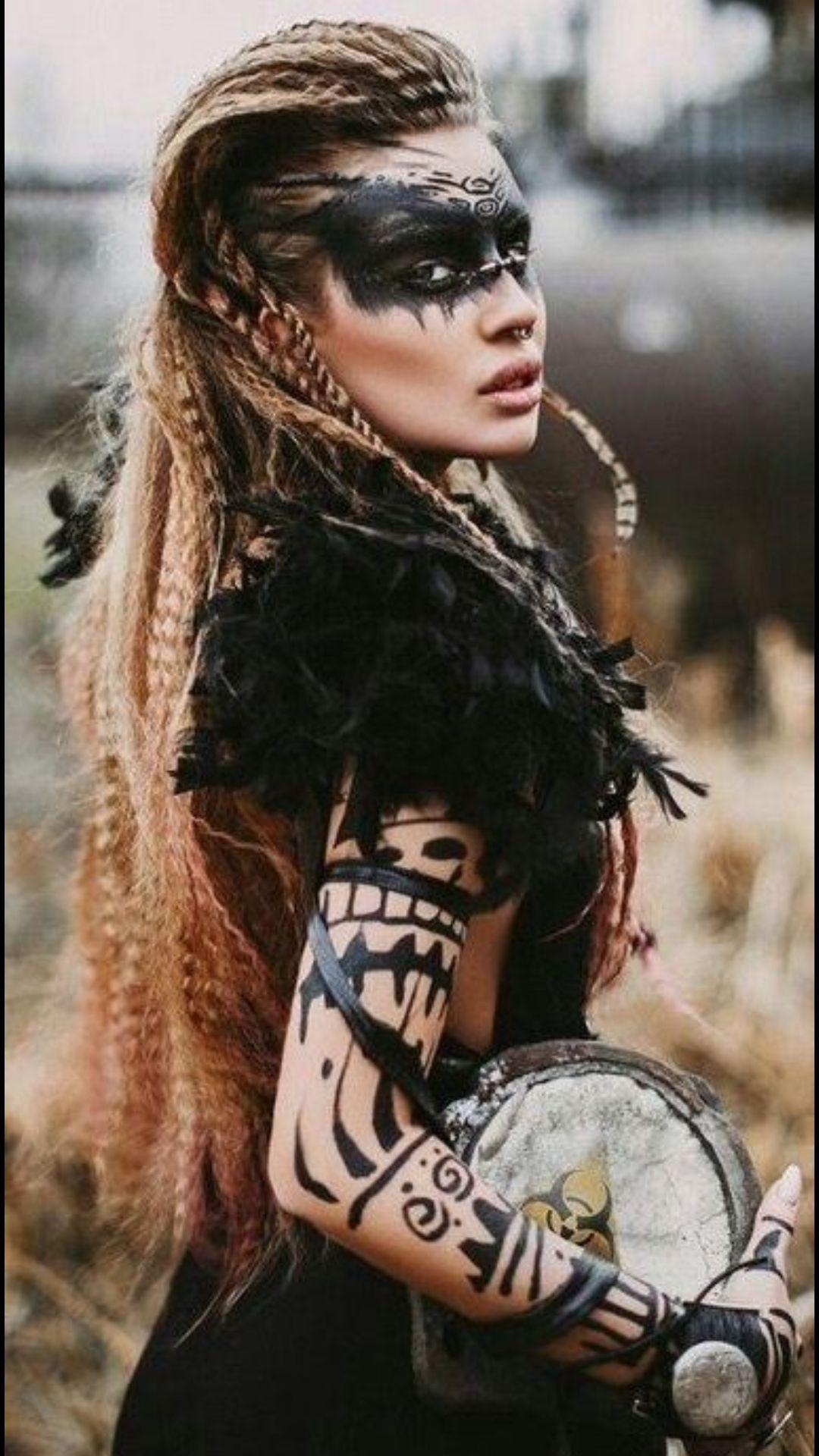 Pin Von Martu Anahi Auf Girls Gesichtsbemalung Wikingerfrau Tribales Make Up