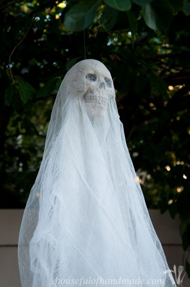 Easy $3 Spooky Skull Ghosts DIY horror Pinterest Homemade