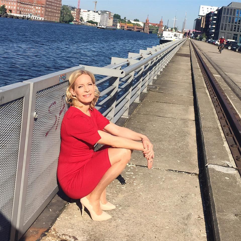 Ina Dietz in 2019 | Frauen in strumpfhosen, Strumpfhosen