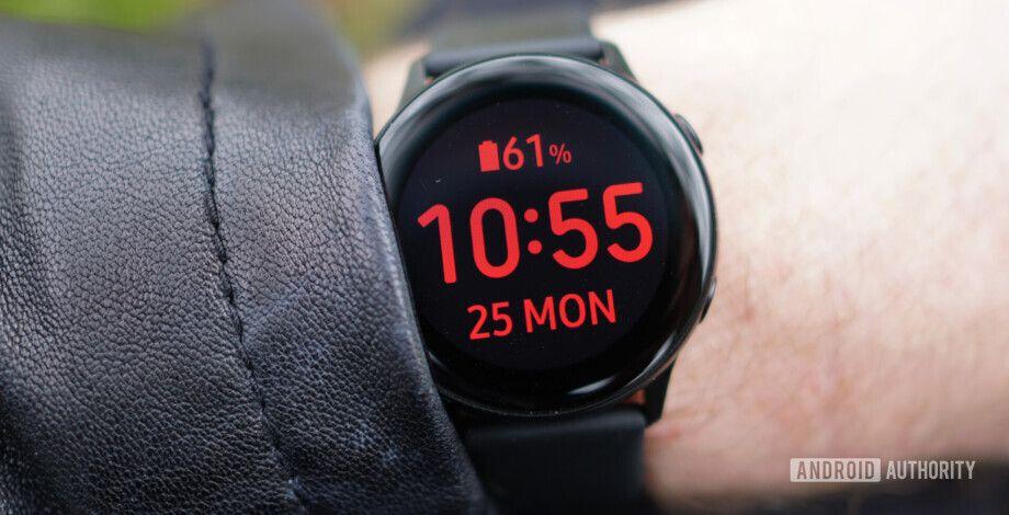 images?q=tbn:ANd9GcQh_l3eQ5xwiPy07kGEXjmjgmBKBRB7H2mRxCGhv1tFWg5c_mWT Smartwatch Overheating