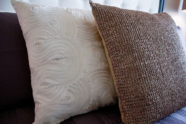 #halifax #novascotia #QEII #lottery #grandprize #condo #kingswharf #dartmouth #design #home #cushions #textiles #closeup #pillows