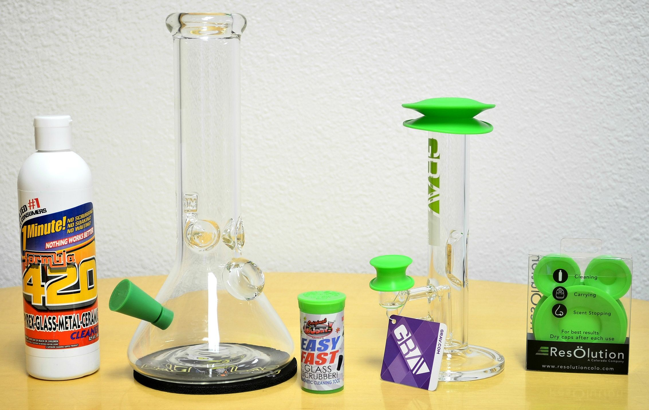 How To Clean Your Dab Rig And Keep It Clean Dab Rig Keep It Cleaner Cleaning Glass