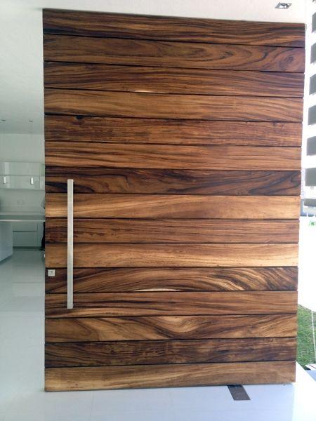 Puerta del bosque gago en 2019 puertas de madera for Puertas principales de madera modernas