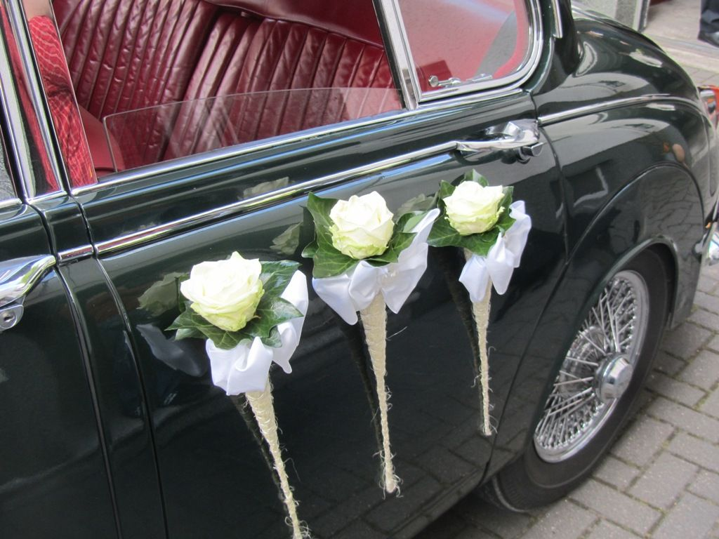 Wedding decorations for car  Autoschmuck   Autotür deko  Pinterest  Wedding cars Wedding car