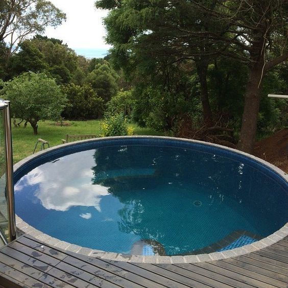 23 Cool Round Pools To Enjoy The Summer Comfydwelling Com Round Pool Plunge Pool In Ground Pools