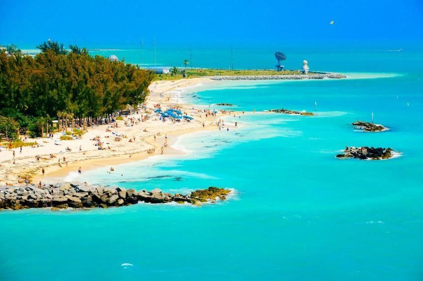 7 Unique Hotels In The Florida Keys Florida Vacation Key West Vacations Florida Keys Hotels