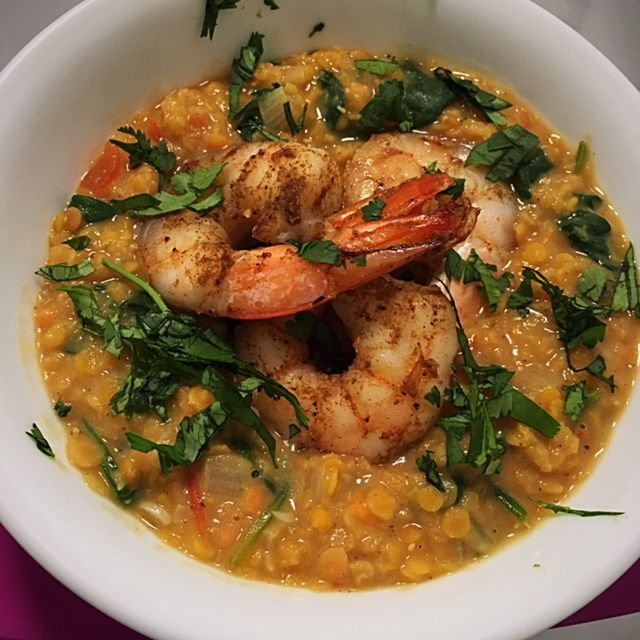 In need of a quick, healthy and tasty dinner recipe? You came to the right place with this Indian Spiced Lentil with Shrimp dish.