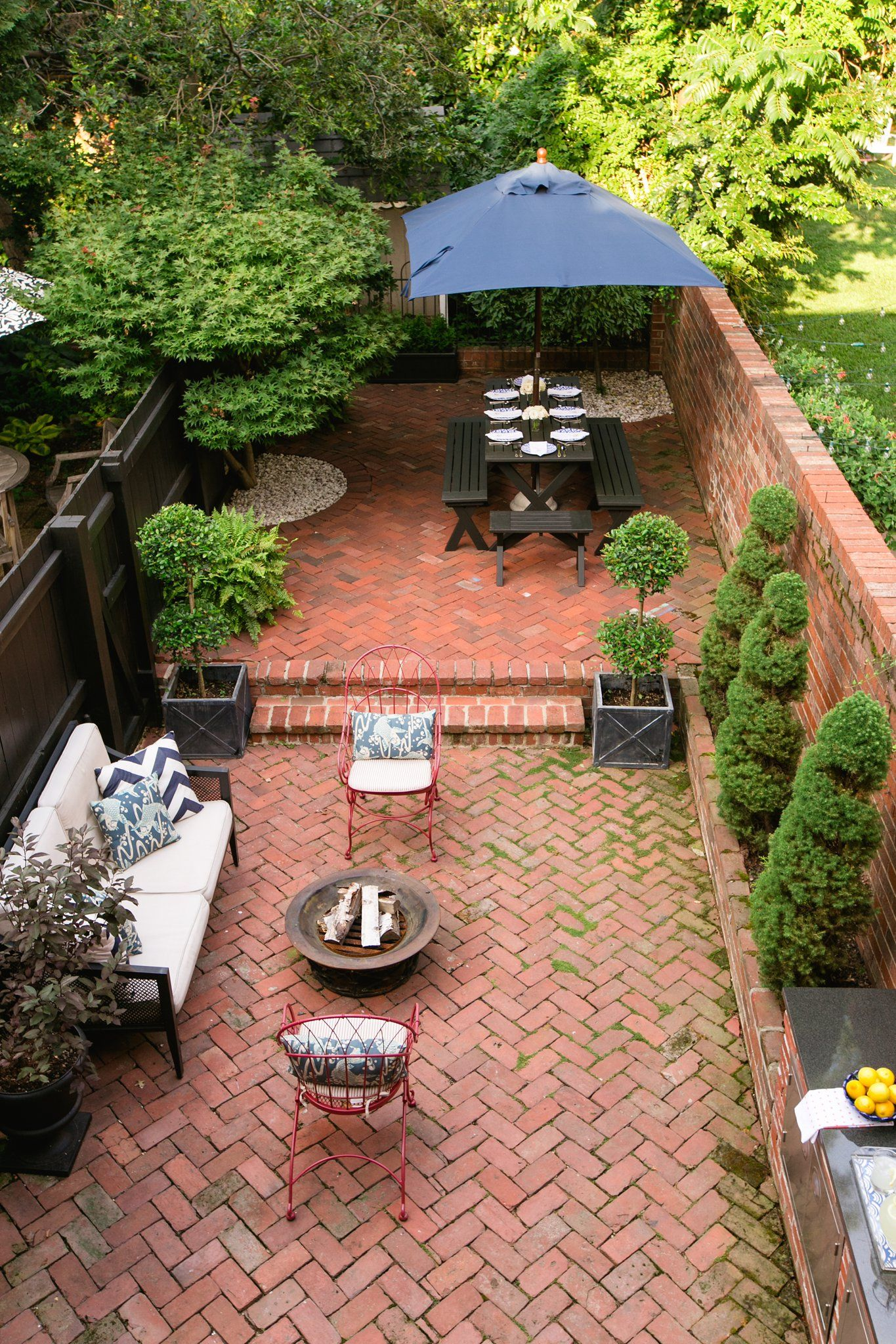 House Tour Amber S Capitol Hill Row House Karson Butler Events Backyard House Backyard House Backyard Ideas Row house backyard design
