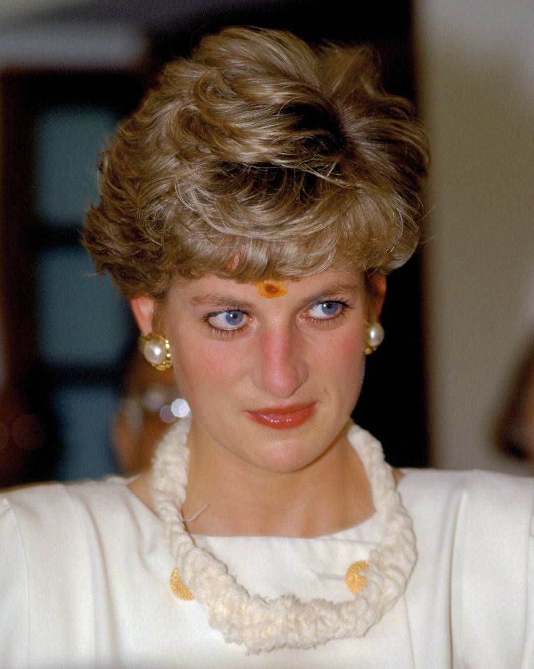 Pin by ~ Rose Ann ~ on Diana, Princess of Wales   Pinterest ...