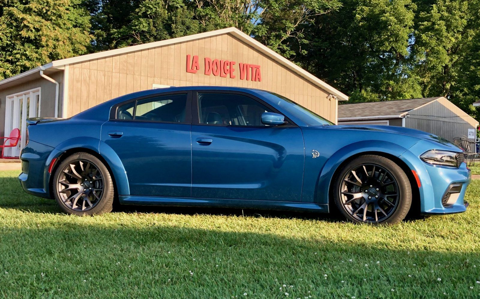 2020 Dodge Charger Hellcat Widebody Family Cars Car Revs Daily Com Dodge Charger Hellcat Dodge Charger Hellcat
