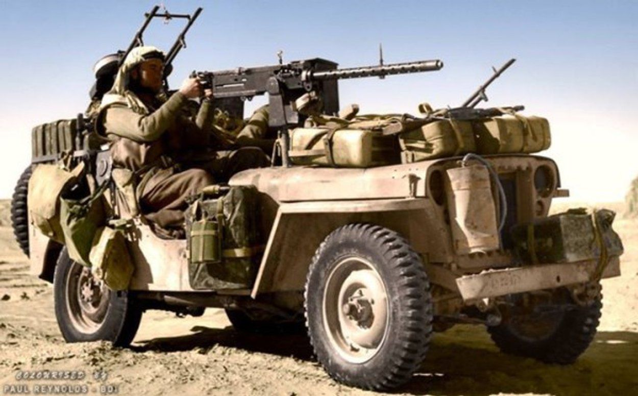 29 Captivating Colourised Images Of Wwii They Really Do Bring Another Angle To History Wwii Vehicles Military Vehicles Special Air Service
