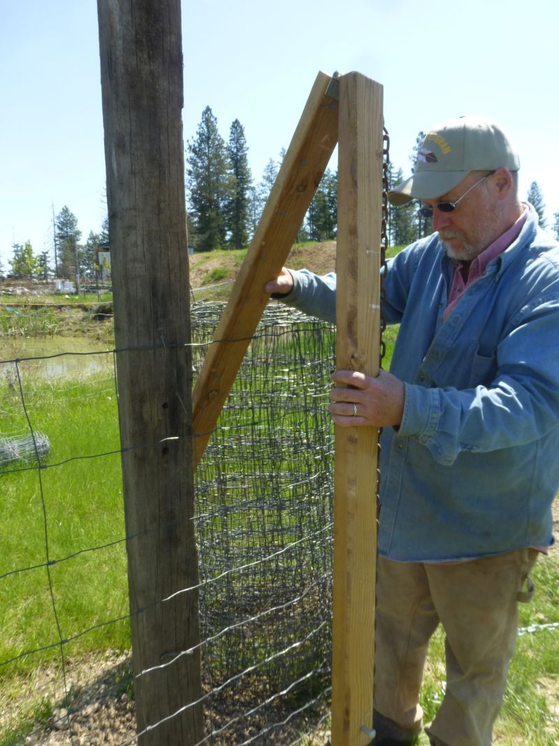 The Following Photos Illustrate A Homemade Fence Puller