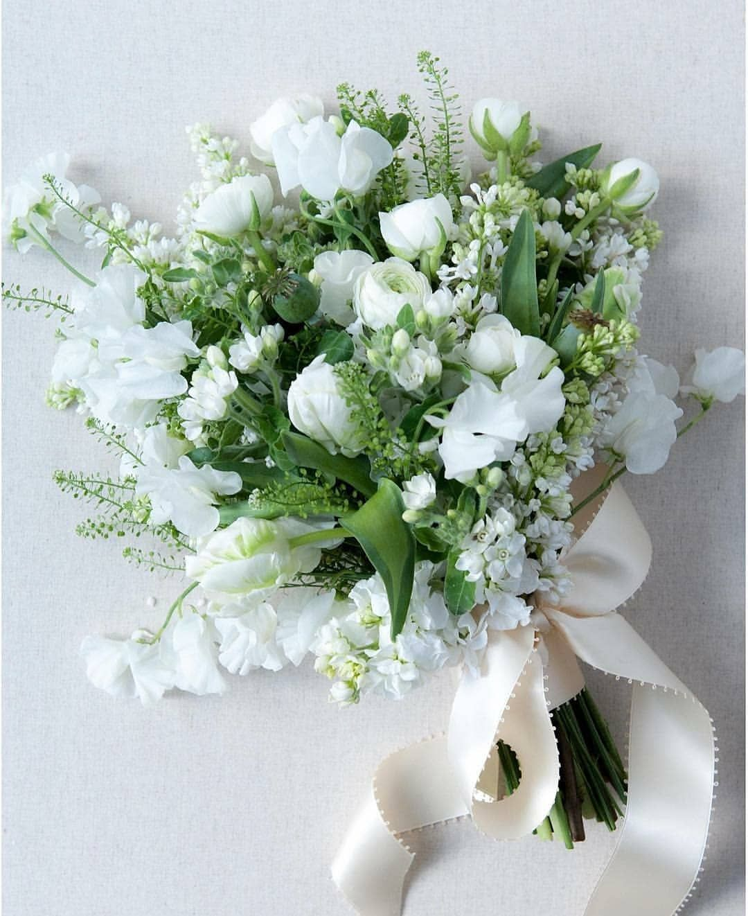 Vermont Wedding Flowers: Perfect Bouquet For That Winter Into Spring #weddingseason