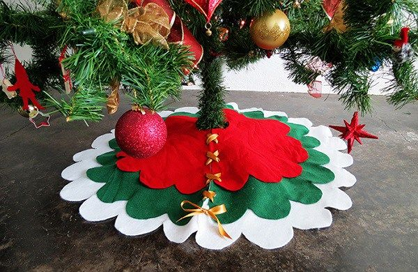 Tutorial: No-sew scalloped tree skirt - Tutorial: No-sew Scalloped Tree Skirt Christmas & Winter Ideas And