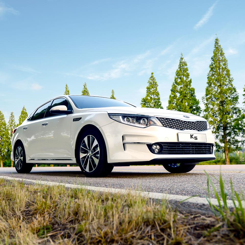 세계 최고의 디자인 완성도 기아자동차 신형 K5 KIA Motors Optima Seems The