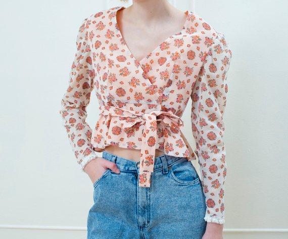ebddf778b9cc 70s peach floral wrap blouse medium   flower print wrap top   floral crop  top   pink floral blouse