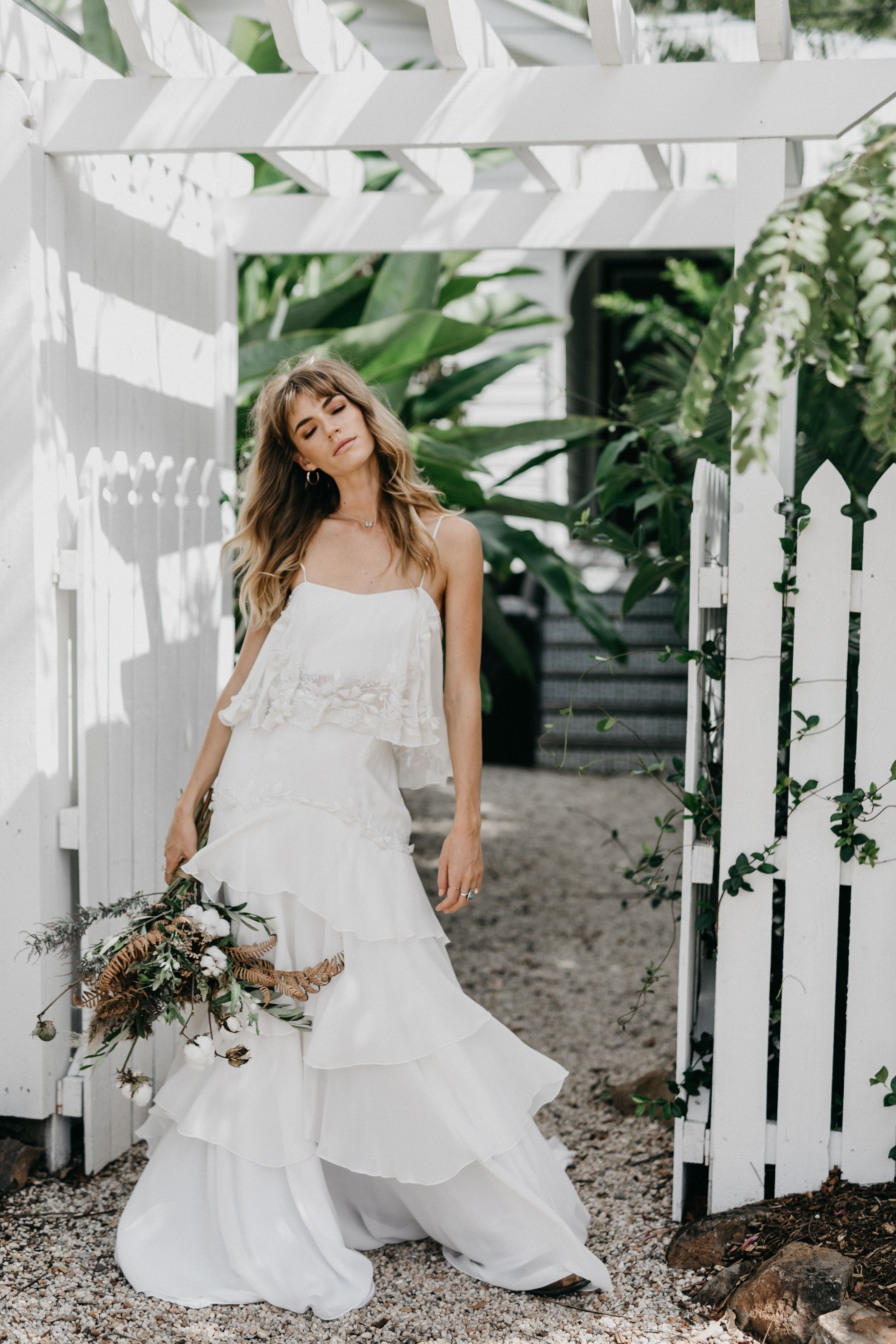 Southern style wedding dresses  SOUTHERN ACCENTS IN STYLE u Hello May  B R I D E  Pinterest