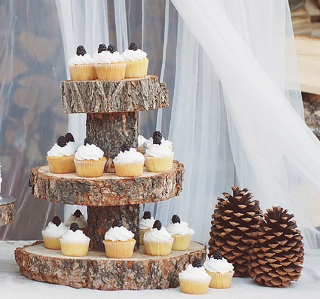 21 Cool Wedding Cake Stands You Can Buy And Diy Wood Tree Slice Tree Slices Rustic Cake Stands