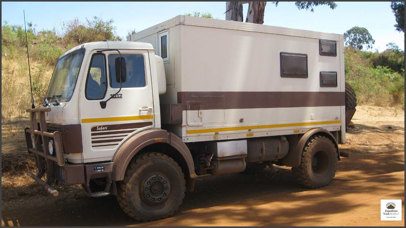 Mercedes benz 1017a 4x4 in namibia expedition trucks for Mercedes benz 4x4 truck