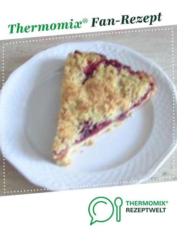 Photo of quick plum crumble cake
