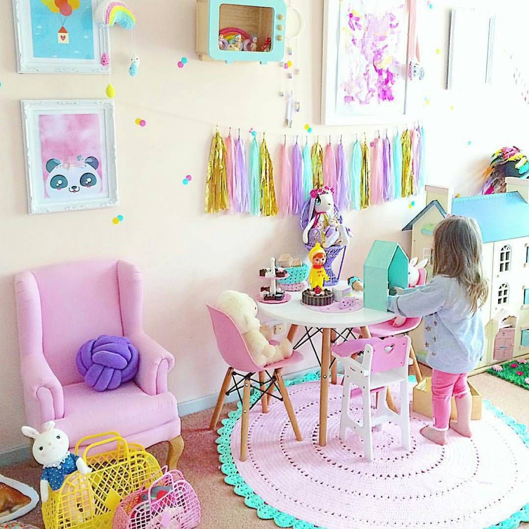 "Rainbow Themed Room: ""Oh I Missed Our Little @elsa_and_chloe1 Room Around To"