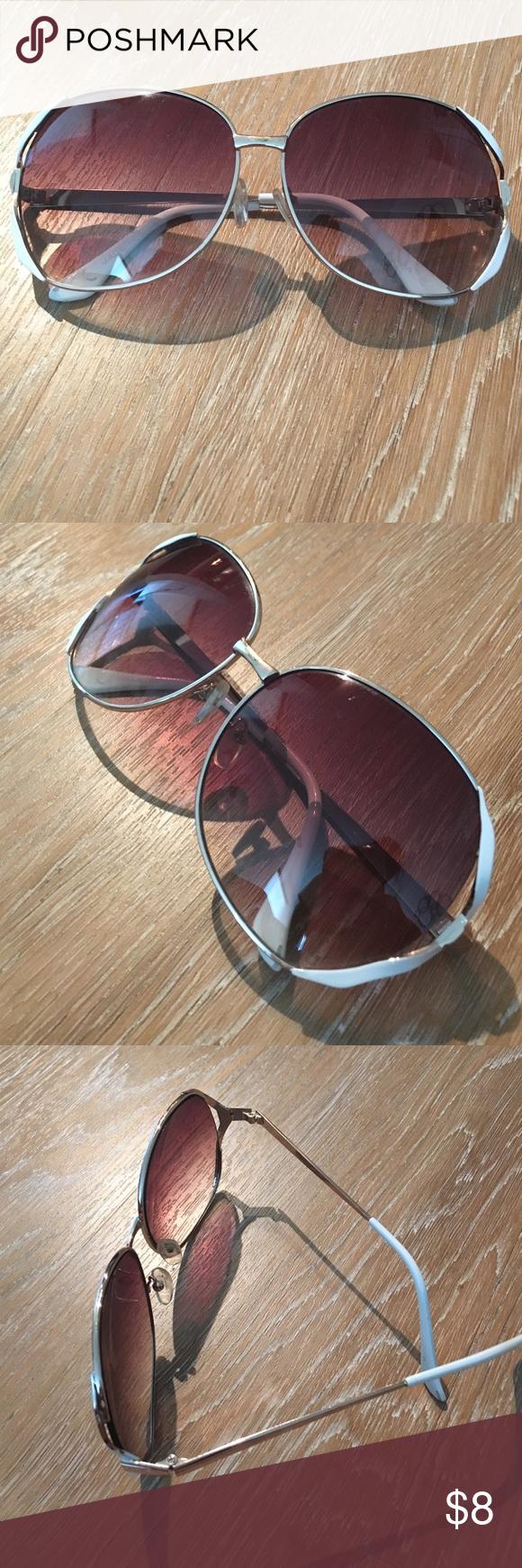 ALDO 🕶Sunnies🕶 Aldo brand sunglasses with white trim Aldo Accessories Sunglasses