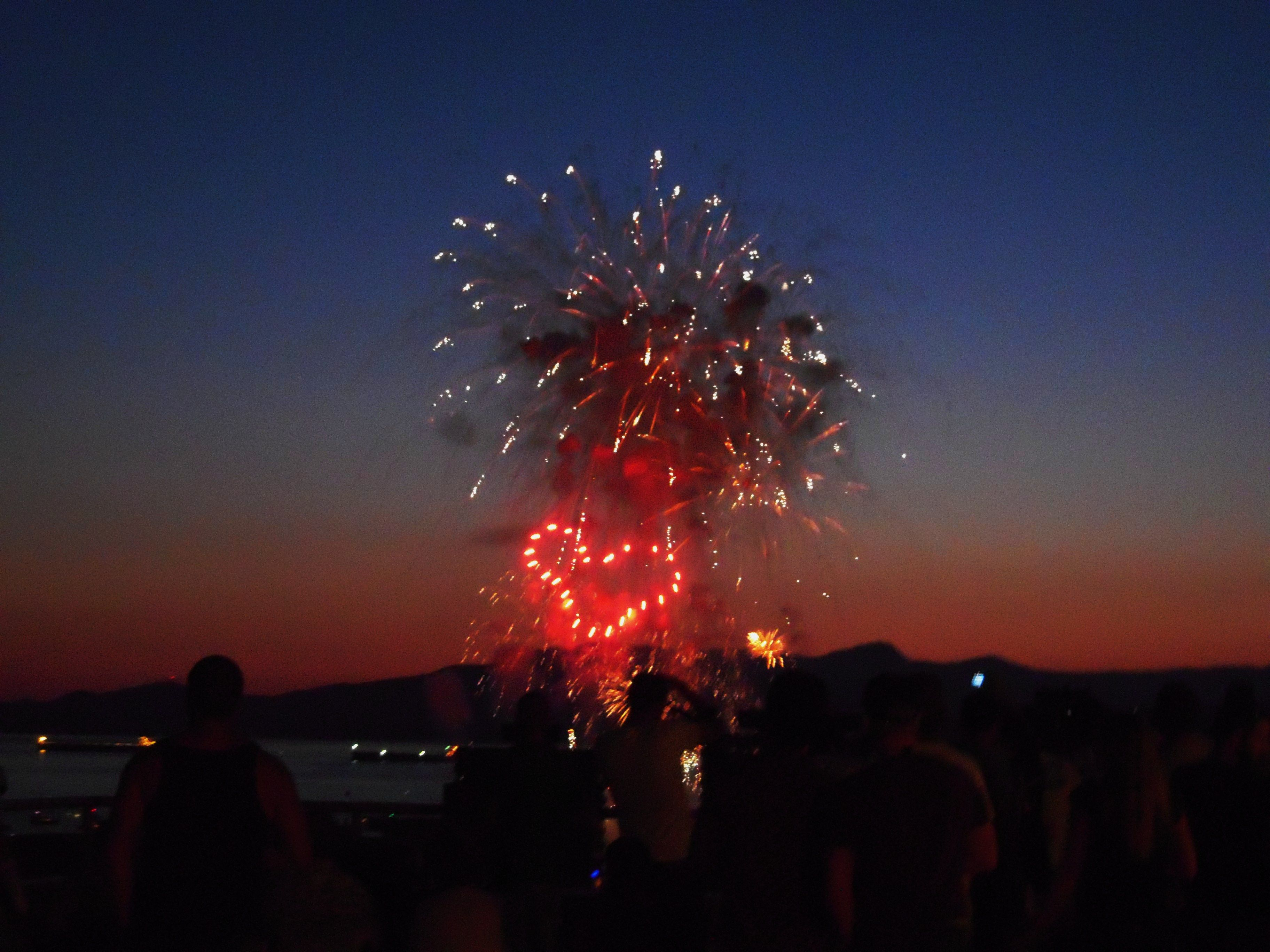 Vancouver, Canada (With images) | Fireworks, Holiday decor ...
