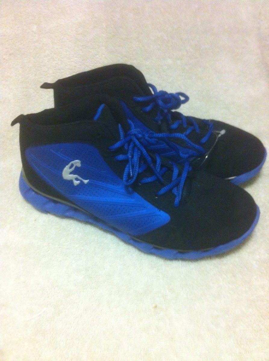 shaq--youth shoes--size 6--blue--black