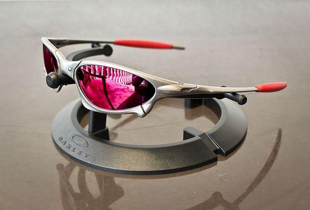 abe3d4a840 Oculos Juliet, Oculos De Sol, Roupas Masculinas, Principais, Óculos De Sol  Esportivos