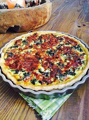 Quiche mit Spinat, Schafkäse, getrockneten Tomaten und Pinienkernen von minimix | Chefkoch