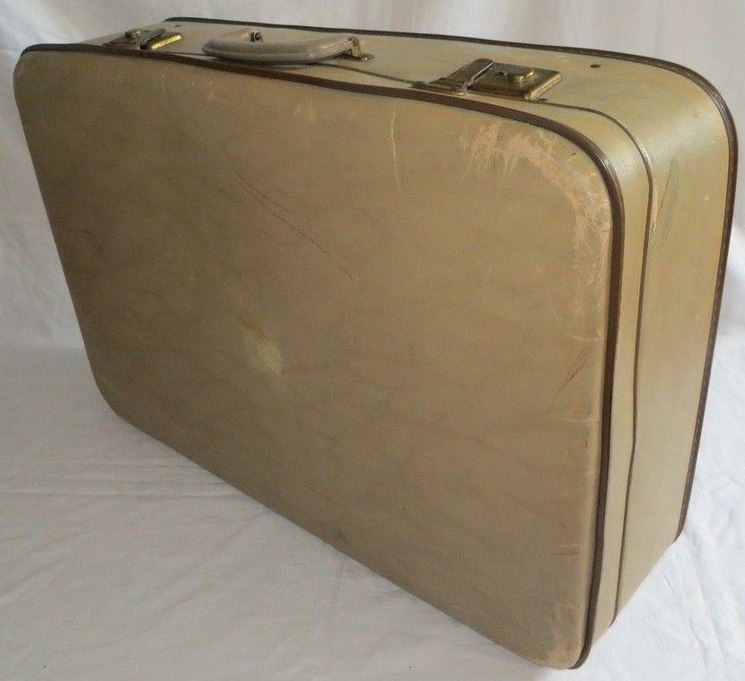 Koffer Deko doorleefde oude koffer retro koffer deko retro and