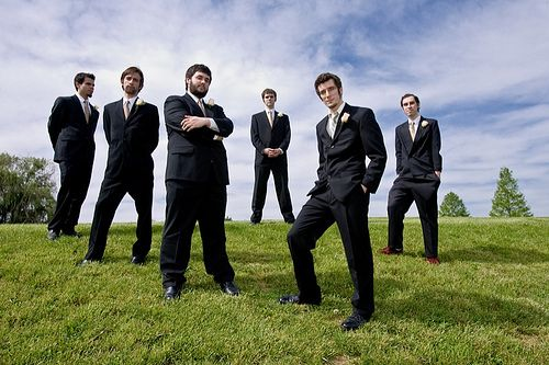 Cool Idea For Groom Groomsmen Picture