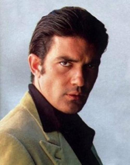 """Antônio Banderas com certeza este é meu John Willians o pai de Lisa de """"O Anjo que amava Lisa"""""""