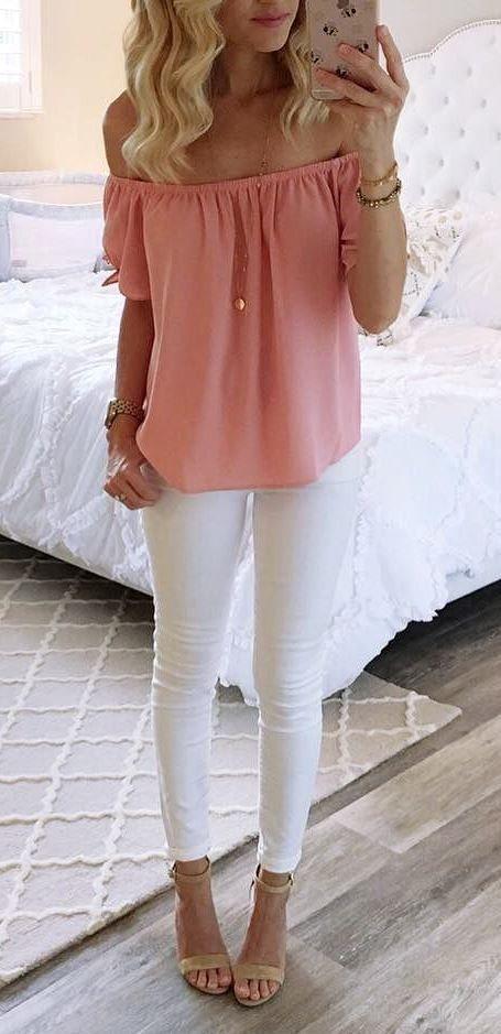 53f880156af0 perfect outfit blouse + white pants Jarné Oblečenie