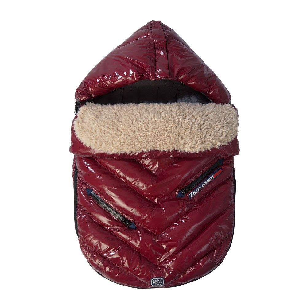 7 A.M. Enfant Polar Igloo: We've long been fans of 7 A.M. Enfant, and we're especially excited about the brand's new Polar Igloo collection ($125). These cozy cocoons feature a sleek exterior in sophisticated colors like bordeaux red, oxford blue, and black.