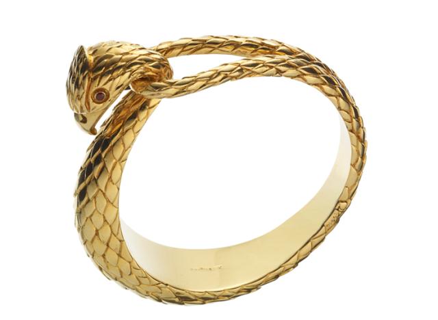 b861fd958ea52 Cartier Snake Bracelet   Jewels from the Paradise   Jewelry, Cartier ...