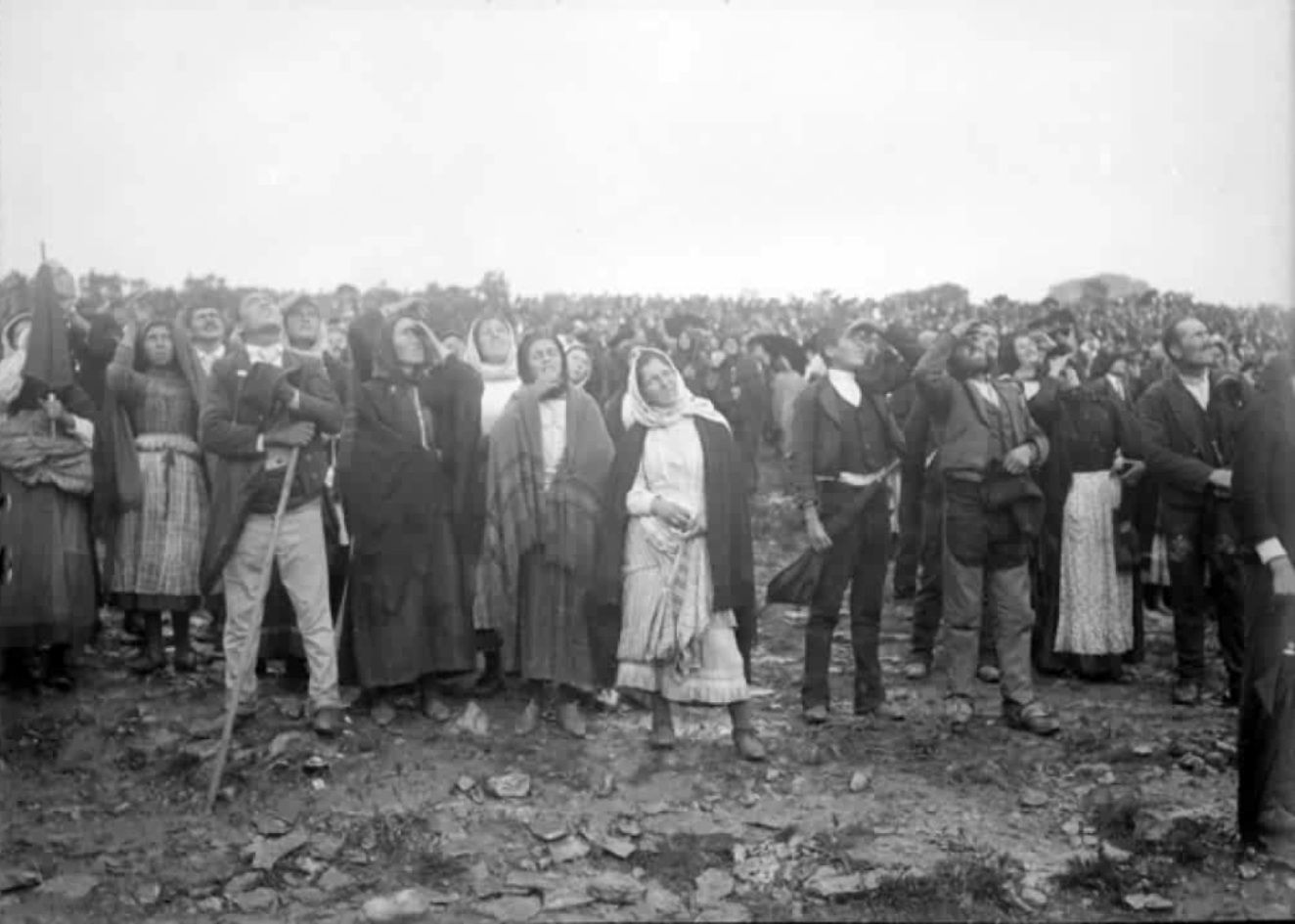 Image result for Crowd at Sun of Fatima