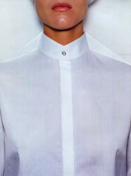 "labsinthe:  ""Blanc Absolu"" Eva Herzigova photographed by Mario Testino for Vogue Paris 1998"