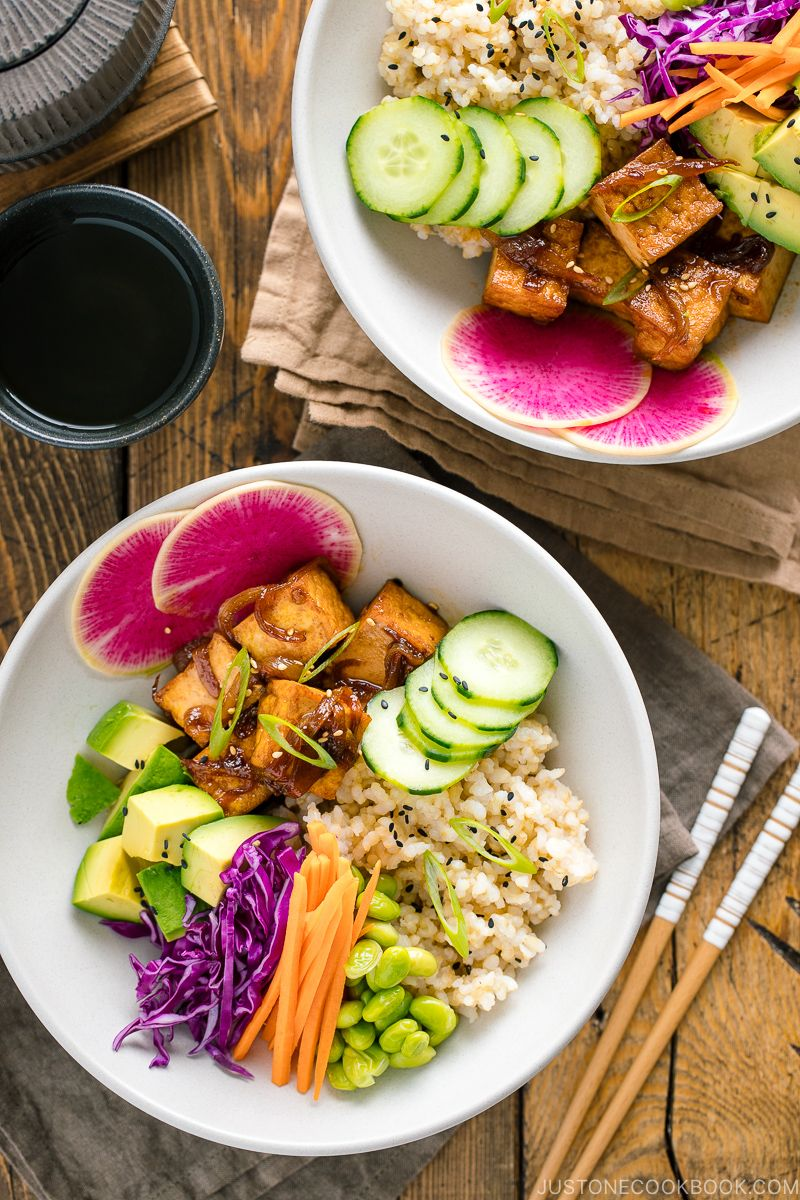 Vegan Poke Bowl ヴィーガンポケ丼 Just One Cookbook Recipe In 2020 Easy Chinese Recipes Easy Japanese Recipes Japanese Vegetarian Recipes