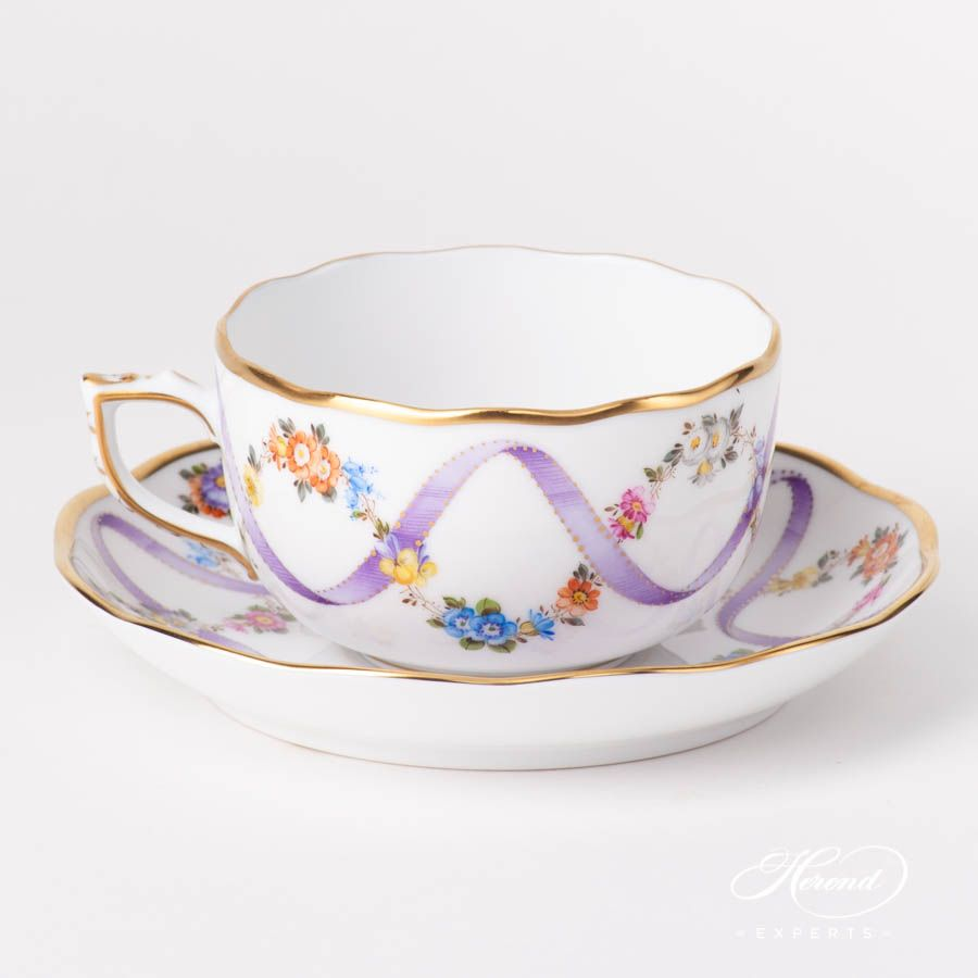 Tea Cup - Flower Garland w. Lilac Ribbon #garlandofflowers