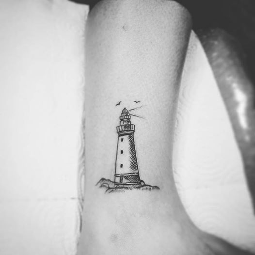 Lighthouse tattoo unter die haut pinterest tattoo for Minimalist house tattoo
